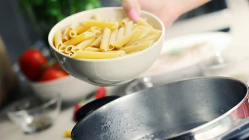 How to Use A Pasta Pot