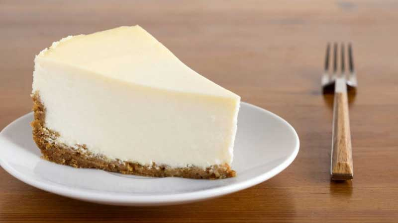 Reliable Ways to Get Cheesecake Out of a Pan
