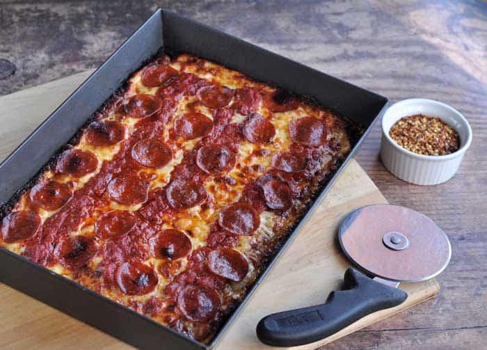 A Detroit Style Pizza Pan