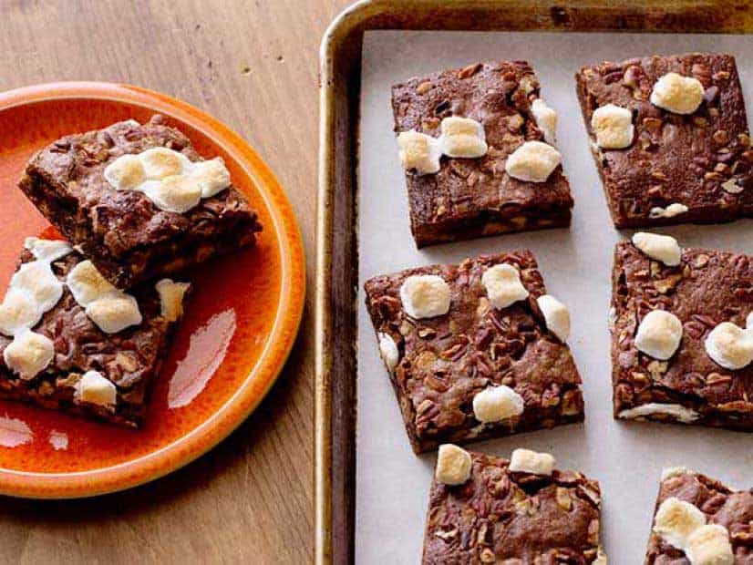Cutting Marshmallow Brownies