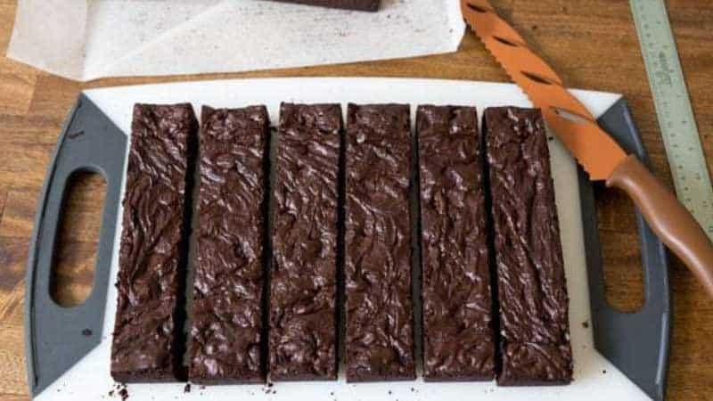 Effective Ways to Cut Brownies Cleanly