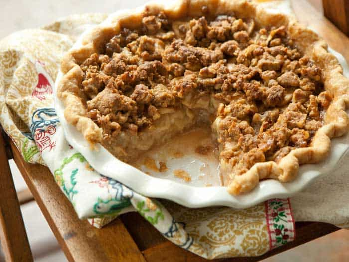 Make Apple Crust and Topping