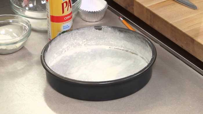 How to Prepare the Pan