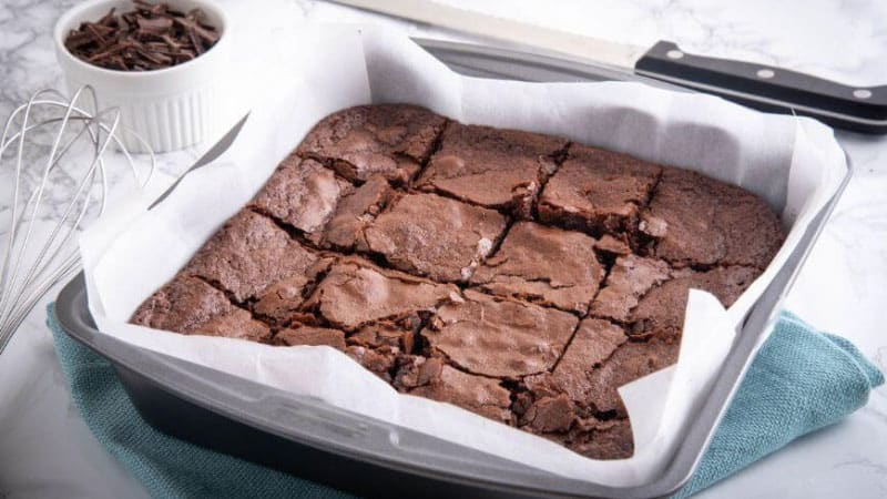 How to Remove Brownies from Pan