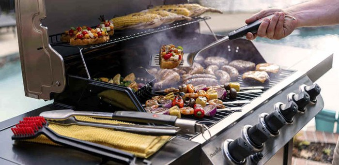 Can you connect a propane grill to a natural gas lin
