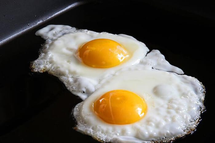 Can you cook an egg on a griddle